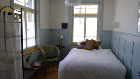 Die Bleibe - Bed & Breakfast - Zimmer 1