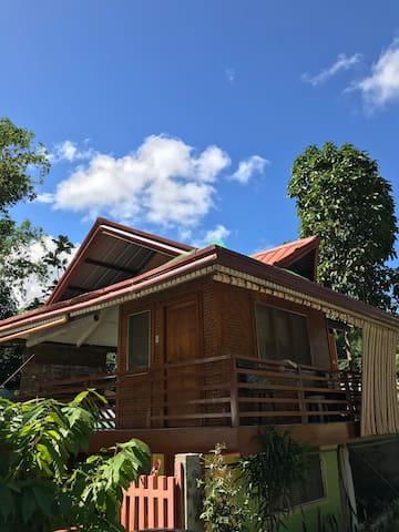 Balai Malaiya (Entire House with Kitchen)