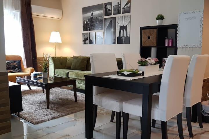 Shmeisani Cozy Apartment