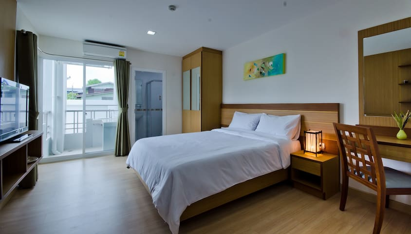 Cozy service apartment/ Standard Queen