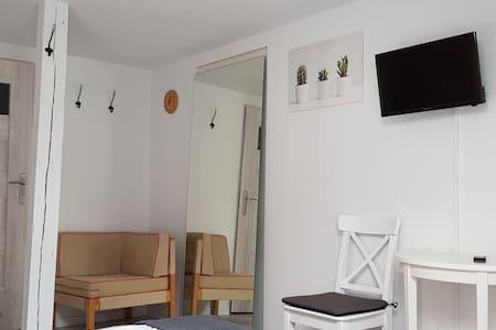 Apartament  2 pokojowy z salonem i 2 łazienkami