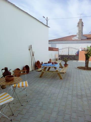 Casa de Campo Monte da Cruz - Alandroal - Vila