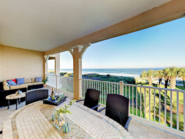 Modern, Updated Oceanfront Condo w/ Sweeping Views