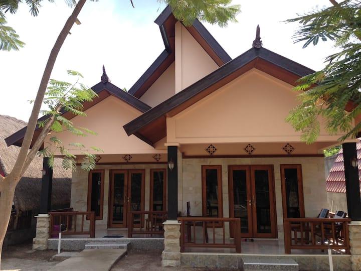 Meno Smile Cottages( Sweet Room)