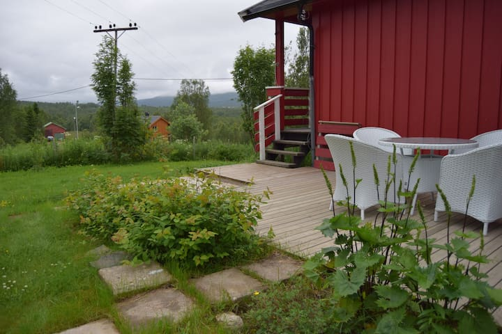 Countryside charm in the middle of Senja - Silsand
