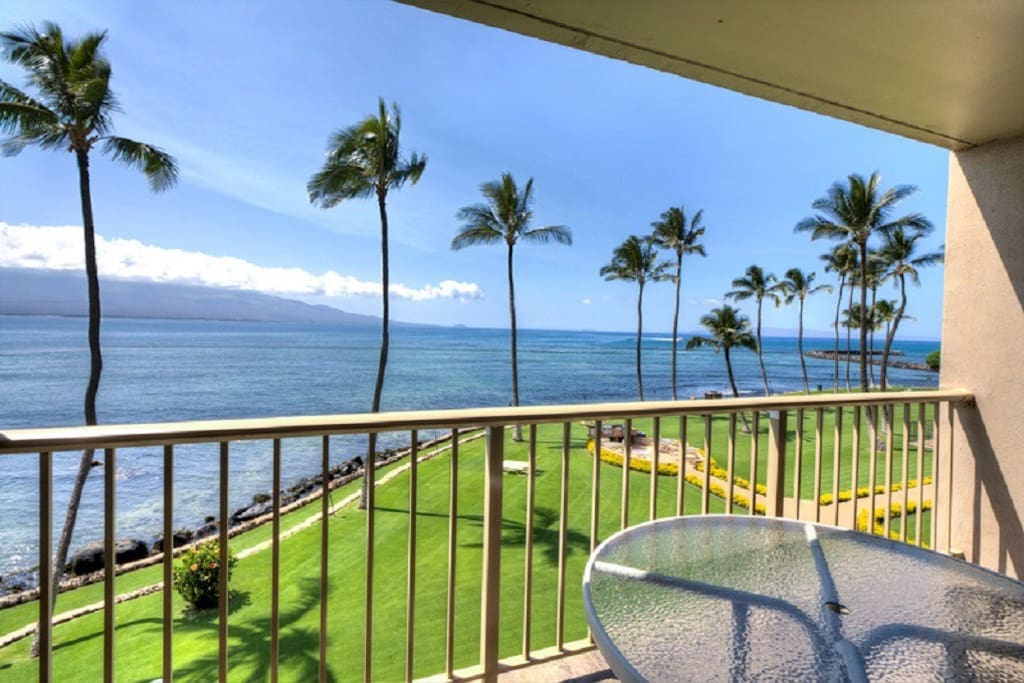 Ocean view from balcony with Pu'u Ola'i, Makena in the background.