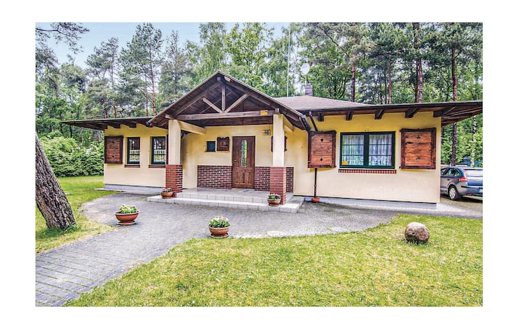 Holiday cottage with 2 bedrooms on 90m² in Pobierowo