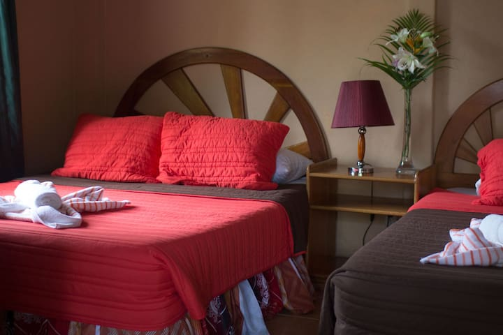 Hotel Diuwak, playa Dominical (Deluxe)