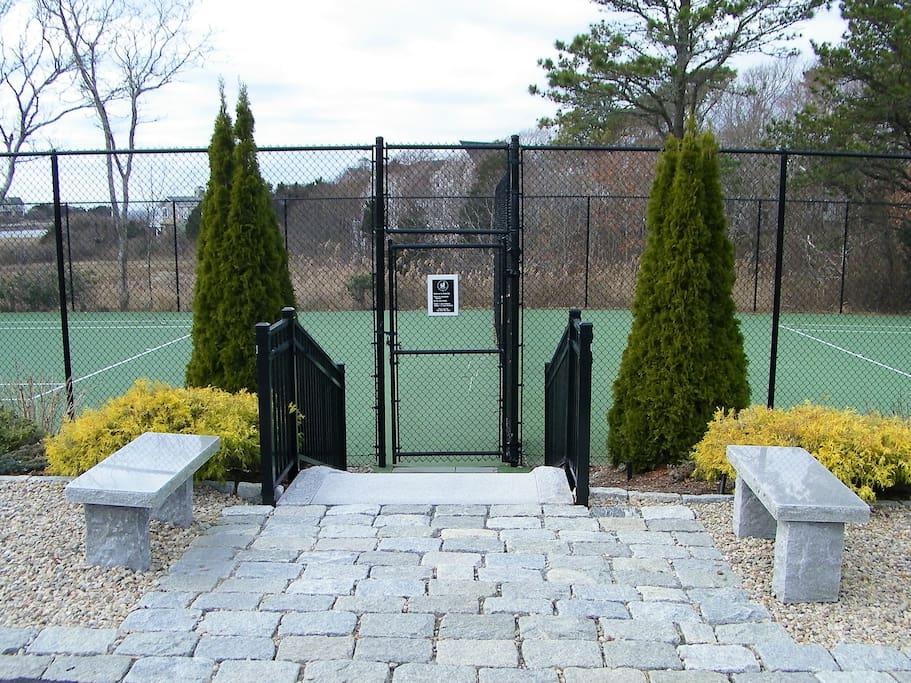 private neighborhood association tennis courts