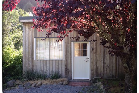 Moonshine Valley Eco Cabin - Upper Hutt - Cabin