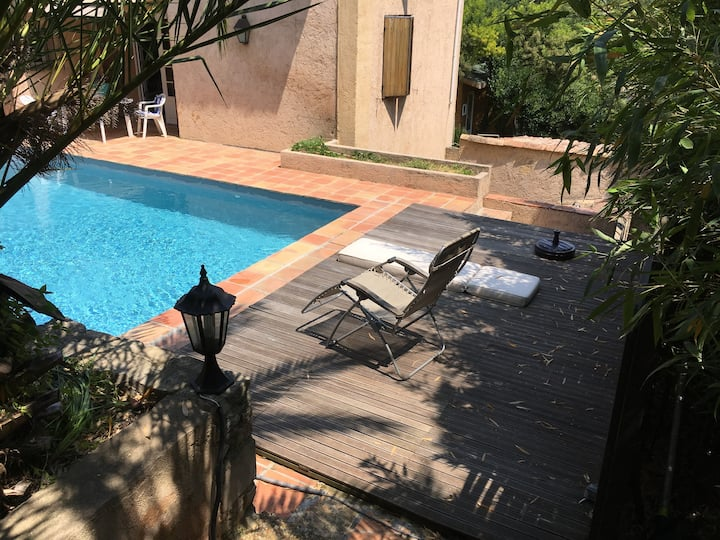 Private room/C  Guesthouse &pool 2km from Valbonne