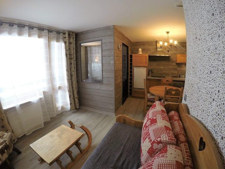 Bel appartement pied des pistes Méribel Mottaret