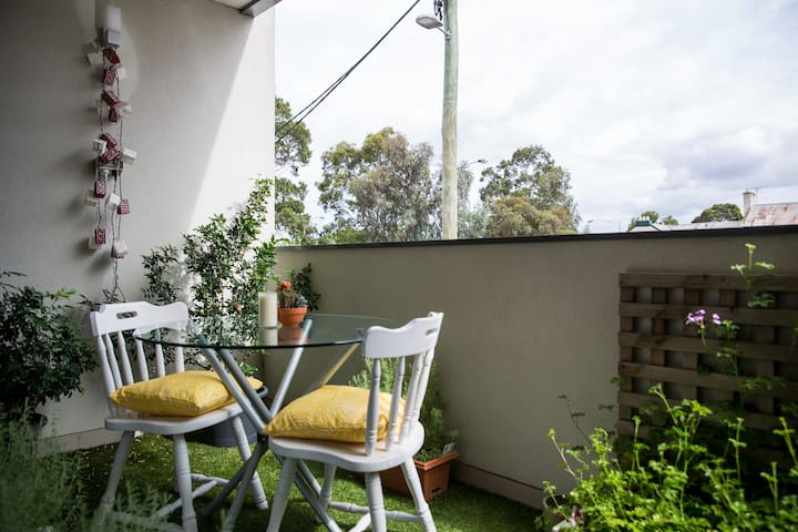 Delightful Apartment - All Yours! - North Melbourne - Appartement
