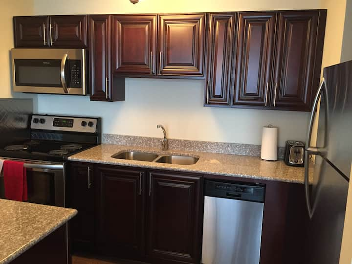 bright, Clean, spacious 3-bedroom apartment unit 8