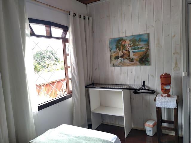 Quarto 2 - Casa Mágika - Residência Artística