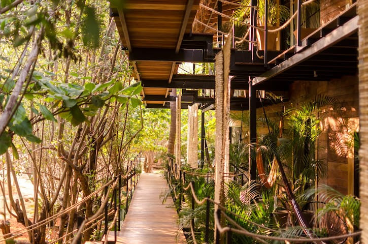 Luxury treehouse beside the ocean 2 - San Pedro Pochutla - Bed & Breakfast