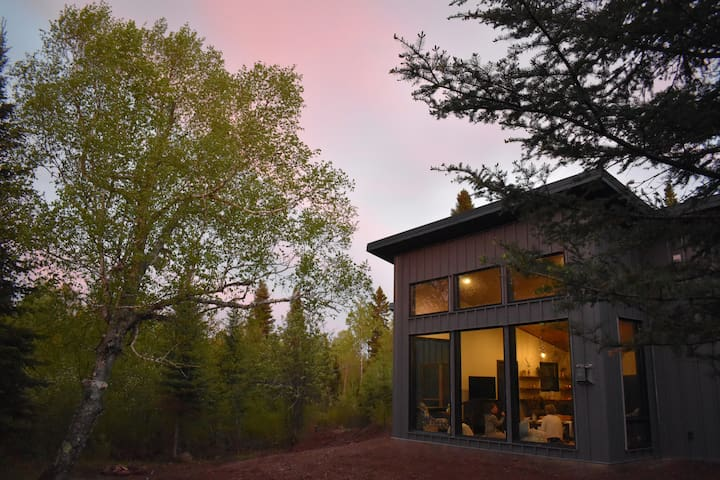 NEW Grey Duck Cabin (Manitou River)