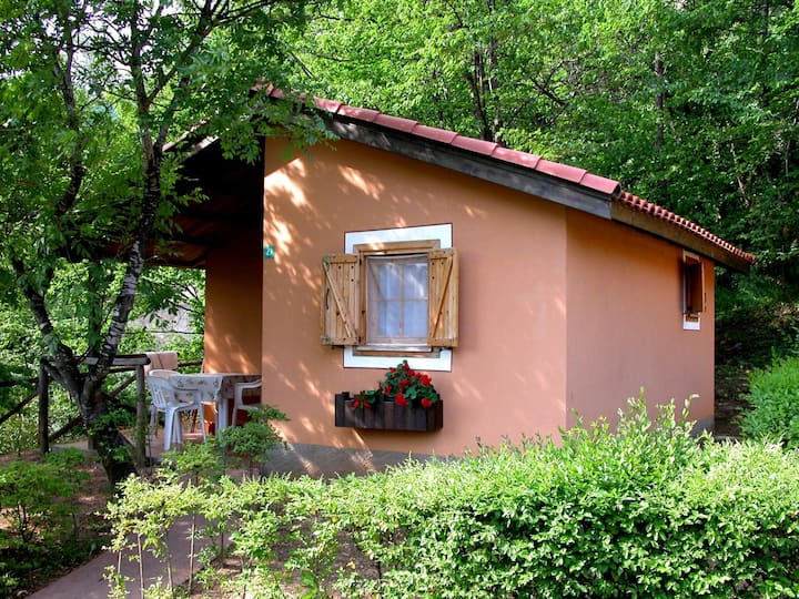 Bungalow for 3+3 pers with pool in Ceriale R22985