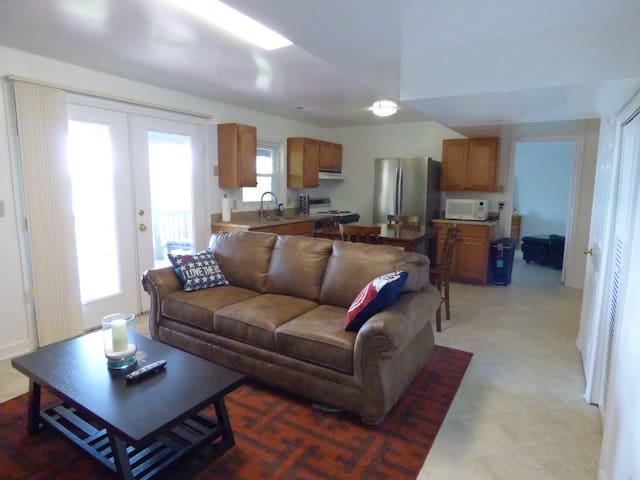 Waterfront apartment. - Stafford - Apartament
