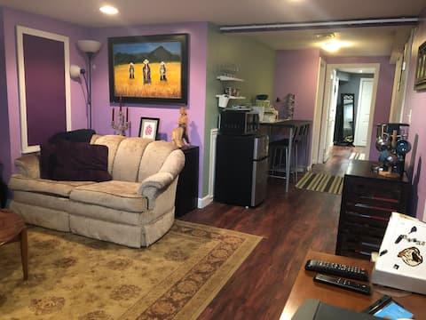 In-law apartment in Farmington River Cottage