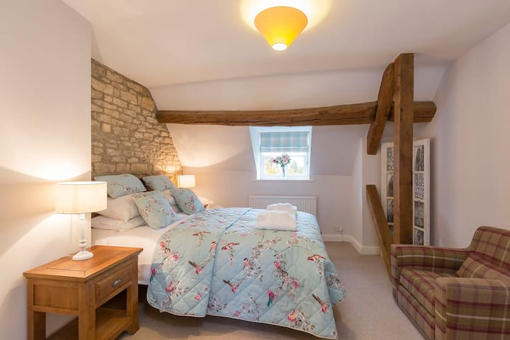 Greystones Cottage. Sleeps 4. Cotswold Way. - Cold Aston - Hus