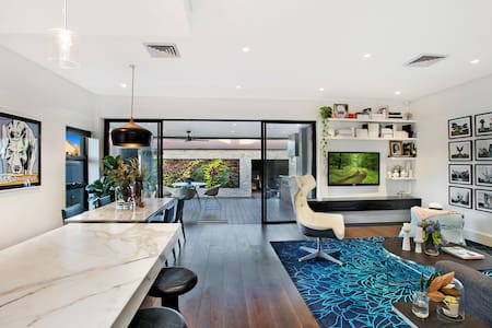 Cosy house Sydney 2BD+1BR+PARKING - Kyeemagh - Huis