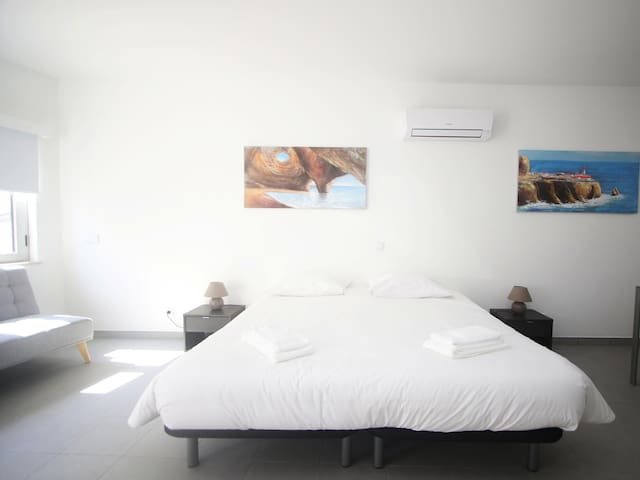 Suite Twin/Double in the Heart of Lagos LS1