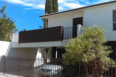 Spacious 3 bedroom house in Rincones de San Marcos