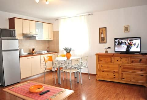 Apartments Medulin 1 & 2 With wifi , air cond.
