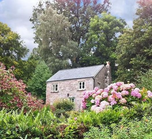 Wye Valley, Monmouthshire, The Generals Cottage