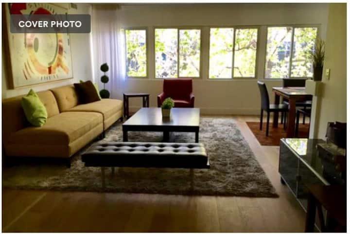 Heart of Beverly Hills /3 bedrooms