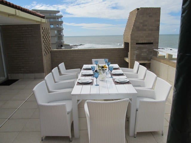 Beautiful Beachfront Apartment - Dolphin Coast - Pis