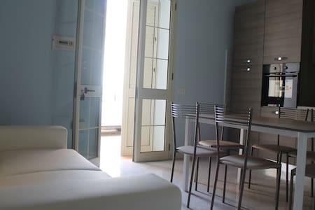 Appartamento Lampedusa centro da 2 a 6 persone - Lampedusa e Linosa