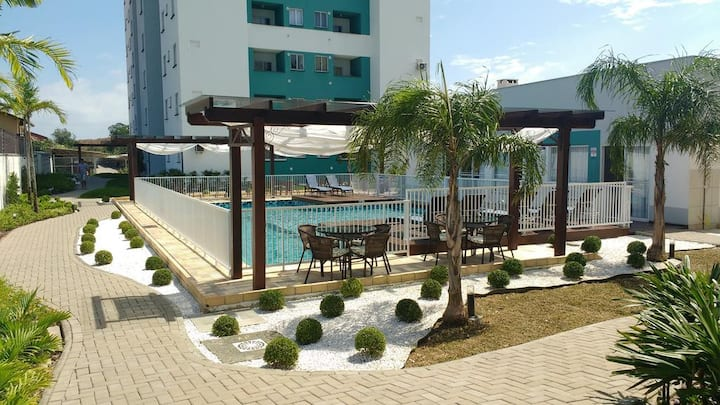 Apartamento mobiliado na praia