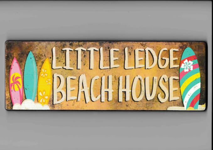 Little Ledge Beach House only 200m from the ocean