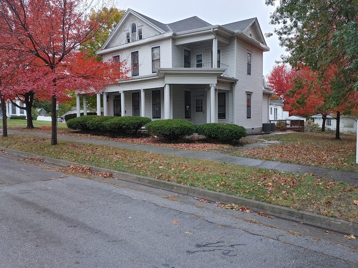 2 Bd Upper Apt/Memorial Parkview-White House Lodge