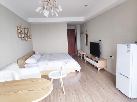 (靓品)河南理工大学对面 北欧ins大床房/有厨房可做饭/精装公寓