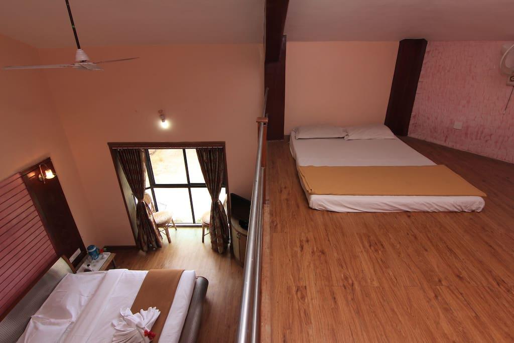 Hotel Mezzanine Floor : Executive room with mezzanine floor boutique hotels for