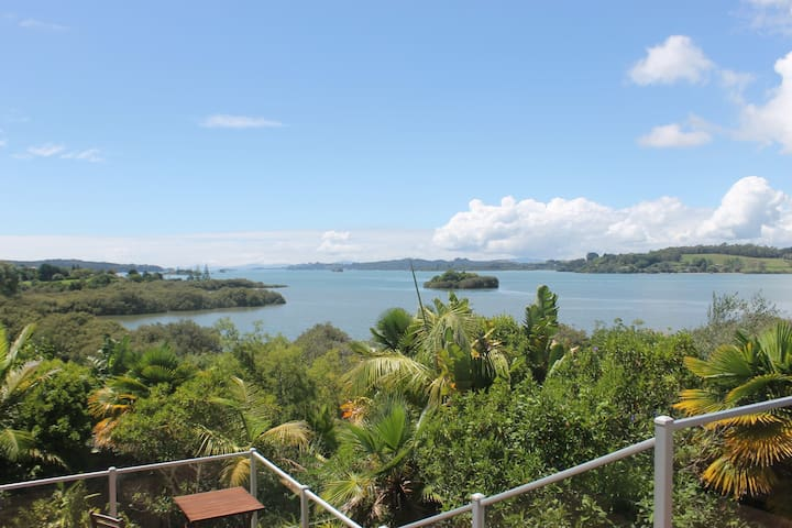 Tranquil waterfront home in Bay of Islands - Kerikeri - Casa