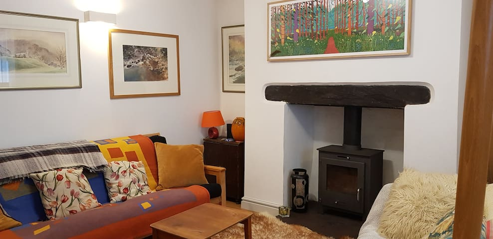 Cosy Snowdonia Cottage Close Zip World & Mountains