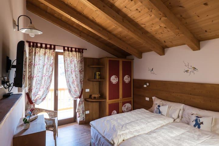 Maso Scricciolo, Room Tina - Vezzano - Bed & Breakfast