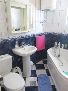 Large, modern, 3-bedroom apartment with seaview - Herceg - Novi - Apartment - 2