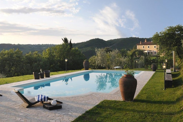 Exclusive Villa Parrano - countryside with pool