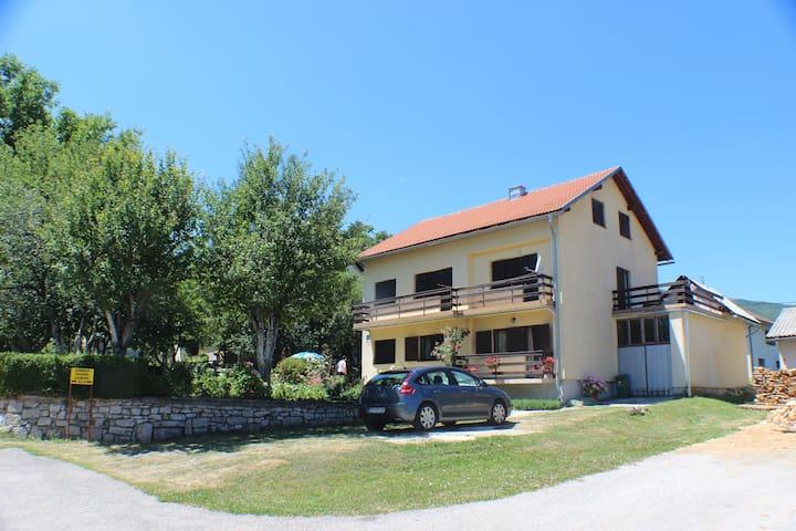 Pansion Milica near Plitvice Lakes & Plješevica