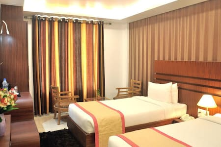Luxury Stays near the Buddha Temple of Sarnath