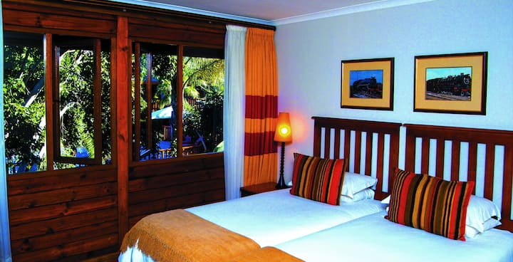 Twin Room @ Graywood Hotel