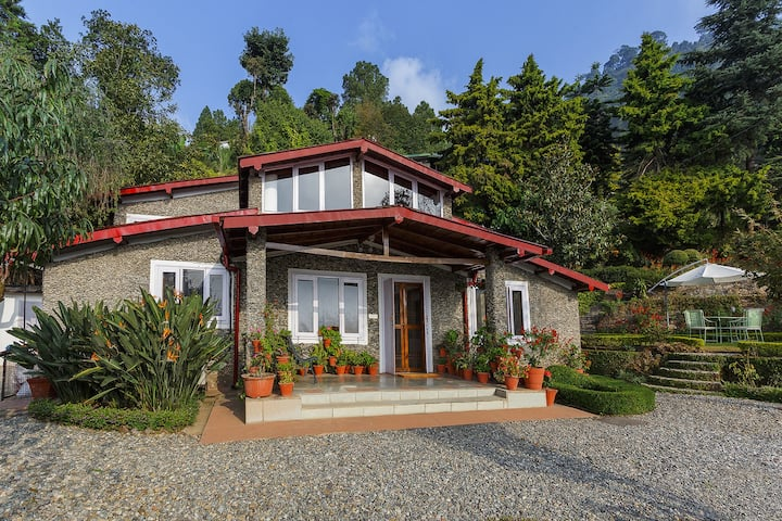 ☆☆☆☆☆ Serviced Nainital Home - Cook, Staff, Garden