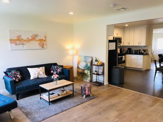 Newly renovated 3BR, 3BA house perfect for family