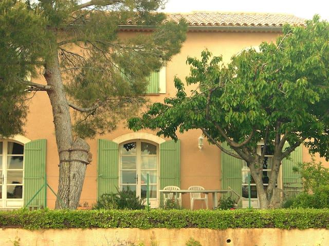 Chambre d'hôtes Vents d'Anges - Sainte-Cécile-les-Vignes - Bed & Breakfast