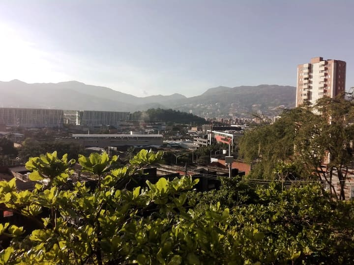 Loma San Julian Tremendo. Mejor Punto de Medellin
